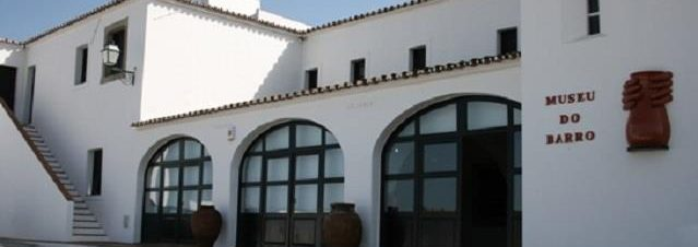 Museu do Barro exterior - cm Redondopeq
